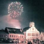 img958-ohnostroj-v-polici-nad-metuji-v-roce-2001